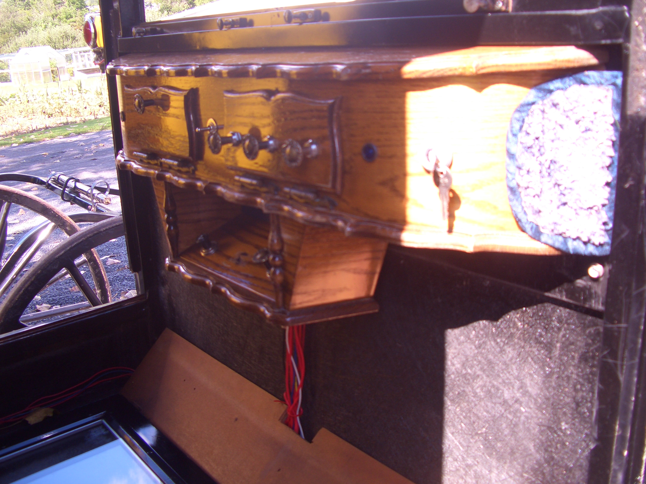Byler Amish buggy dashboard Big Valley
