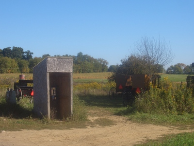 New_wilmington_amish_phone_box